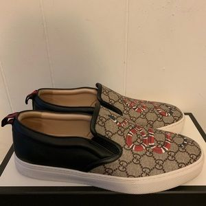 Gucci Snake Loafer